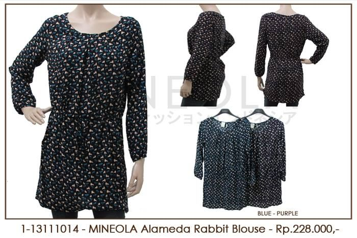 MINEOLA Alameda Rabbit Blouse Purple. Rp.228.000,- Fabrics: Rayon Cotton. Bust: 108cm - Length: 80cm - Sleeve: 56cm. Also available in blue color. Product code: 1-13111014  #MINEOLA #myMINEOLA #iWearMINEOLA #Fashion #OnlineShop #Indonesia #Jakarta #Dress #Blouse #Top #Pants #Skirt
