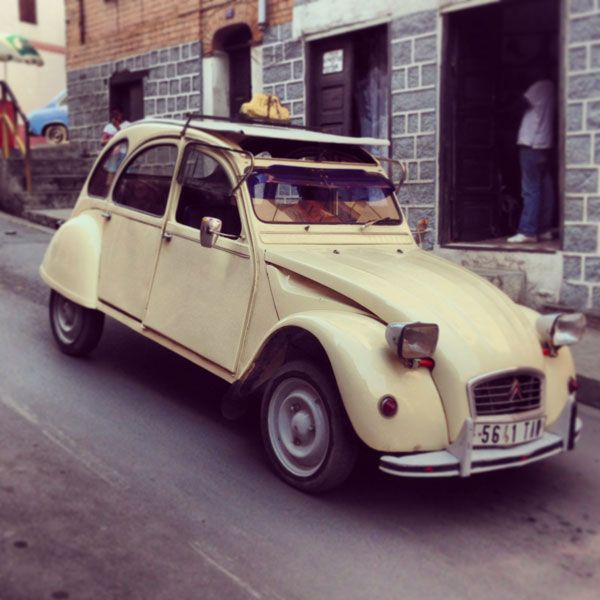 We Hope That You Have Planned To Travel Light Citroen 2cv Taxi Travel Light Citroen Car Citroen