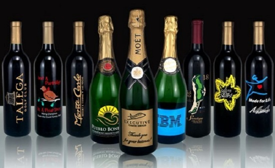 Feature Product Reviews: Personalized Wine Gifts & More from Etching Expressions: Blog Giveaways, Personalized Wine, Product Giveaway, Feature Product, Etching Expressions, Etchings, Products, Wine Gifts
