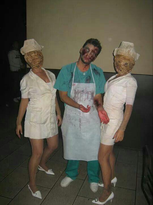 Nuri, ruben y vero Halloween 2010 Sillent hill y enfermero. Makeup.