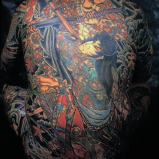 Great tebori work of tattoo master 🇯🇵@horiyoshi_3🇯🇵 #japanesetattoo #japanesetattoos #japanesetattooart #irezumi #irezumitattoo #irezumitattoos #irezumiart #irezumicollective #wabori #waboritattoo #tebori #teboritattoo #handmadetattoo #horimono #horimonotattoo #backpiecetattoo #suikoden #kaoshou #kumonryu #horiyoshi #horiyoshi3 #horiyoshiiii  #bushido  #Regram via @www.instagram.com/p/BdzghlujqSm/?saved-by=betitnavire