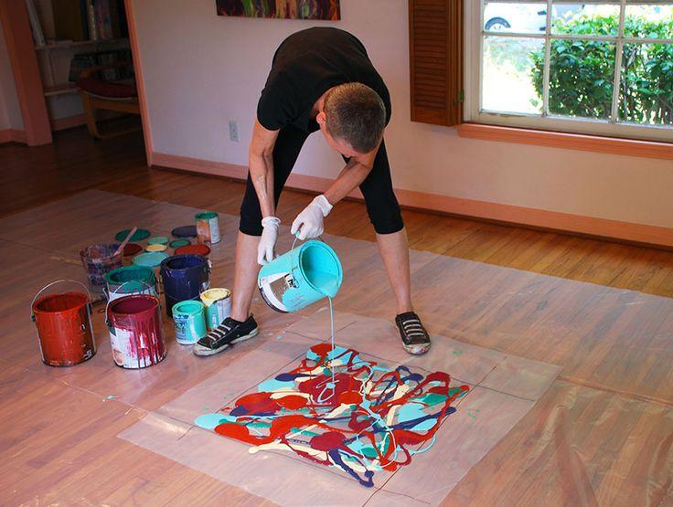 Verser la peinture sur plastique