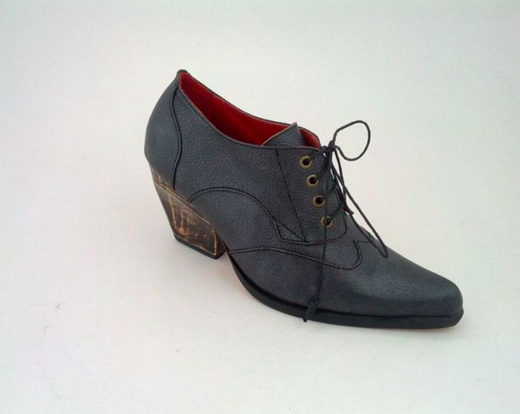 Anushka bespoke leather lace up by Preston Zly design in graphite leather with handcrafted wooden heel #pzd #laceupshoes #fashionista #classic #style #androgynous