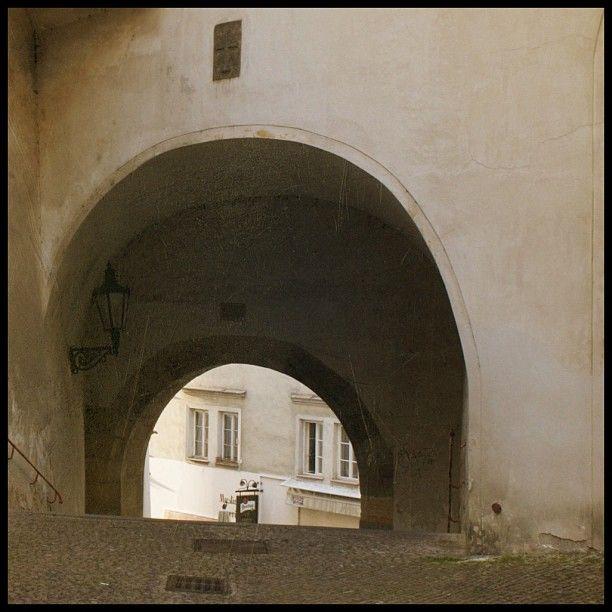 Old Prague (v místě Hradčanské náměstí)