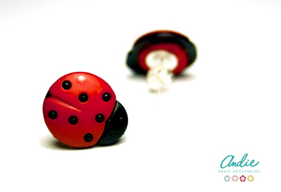 Pendientes botones de mariquita* / Andie Accesorios - Artesanio