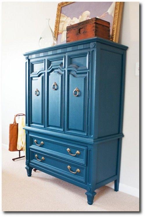 littlegreennotebook.blogspot.com Keywords:Mod Furniture, Painted Furniture, Brightly Painted Furniture, 70's Furniture, 60's Furniture, Painted Vintage Furniture,