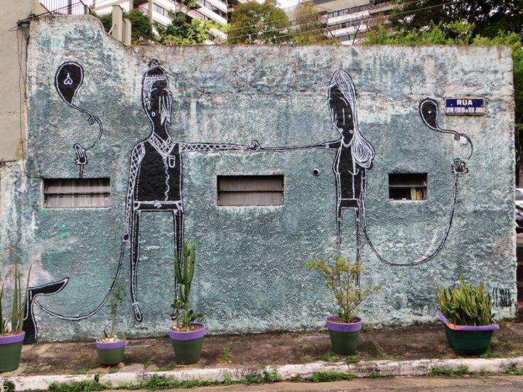 Due cuori e un muro: la street art romantica di Alex Senna