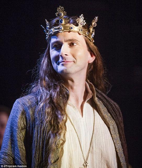 PHOTOS: First Look At David Tennant As Richard II   DAVID TENNANT NEWS UPDATES