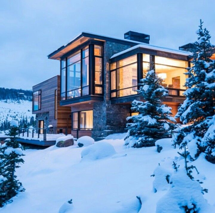 Houses in the snowy mountains r always so gorgeous snowy for Building a house in the mountains