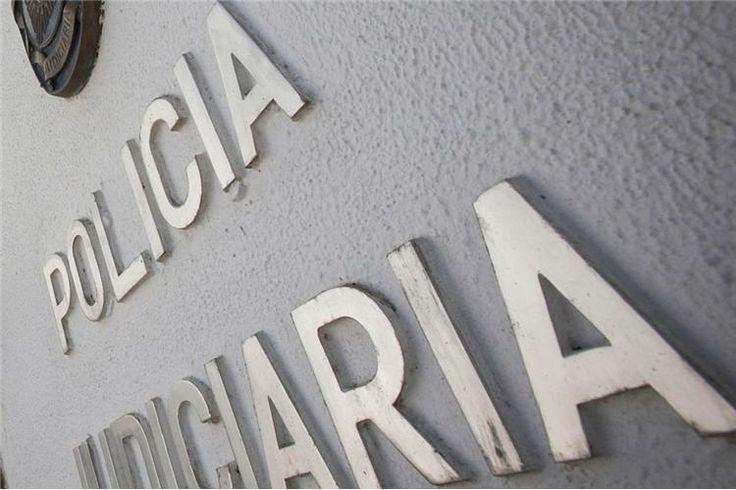 Um jovem de São Torcato, Guimarães, ganhou 100 mil euros numa raspadinha especial de Natal comprada na pastelaria Trigueirinha, também em Guimarães.