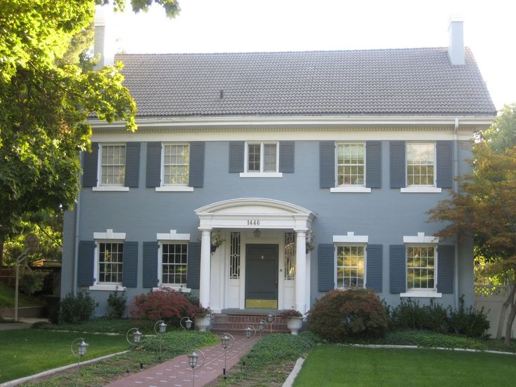 26 best stucco homes images on pinterest stucco homes for Houses with stucco and siding
