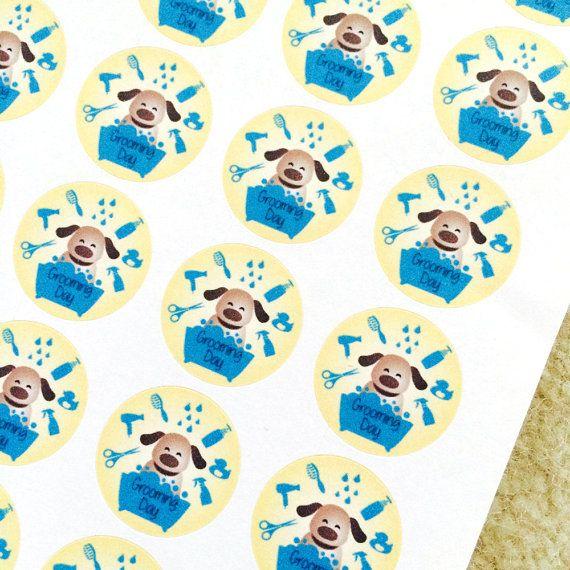 Mis nooit meer uw hond grooming afspraak opnieuw met deze leuke herinnering stickers. Dit is een origineel ontwerp.  U ontvangt een set van 24 hond Grooming Stickers. Ze zijn grote 3/4 diameter, gemakkelijk schil af, en zijn perfect voor gebruik in uw planner of dagboek.  Let op: kleuren kunnen variëren afhankelijk van uw monitor en kleuren kunnen we niet garanderen.  Dank u voor het bezoeken van sap vak papier