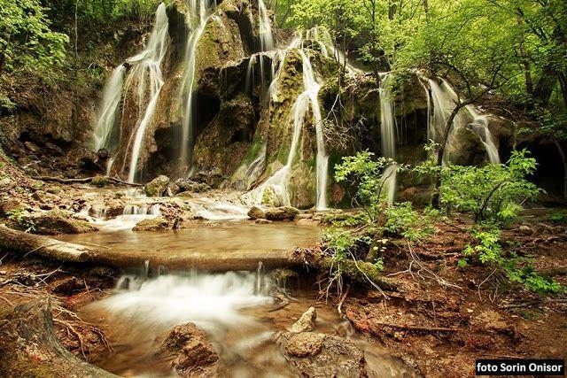 Cascada Beusnitei - Top 10 Locuri De Vizitat in Romania