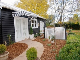 Ashleigh on Merrigang - Holiday Rental Vacation Rental in Bowral from @homeawayau #vacation #rental #travel #homeaway http://www.homeaway.com.au/holiday-rental/p405227397