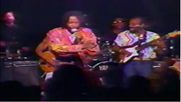 #FacebookMemories 26 years ago Memorial Day Washington DC Von Martin Master of Ceremonies at the newest international club Calabash introduced the reigning Triple Crown Trinidad and Tobago Calypso  King David Rudder and the Charlies Roots to a packed audience filled with Howard University Caribbean Students Association undergrads Darren Sprang Solozano launched his  DJ career. and the larger Caribbean American African diaspora population misbehaved. Chris Toussaint co produced.    Carl…