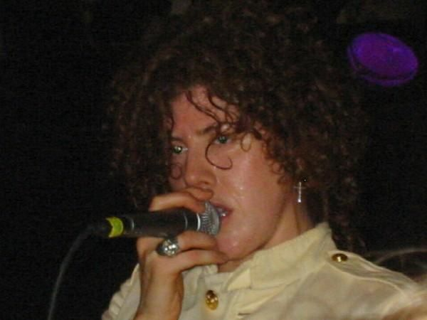 383 best LPcantante images on Pinterest  Board Sign and Pictures