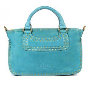 Dames gaan dan vaak op pad met een tas dus tijd om eens rond te kijken naar de laatste trends van de damestassen