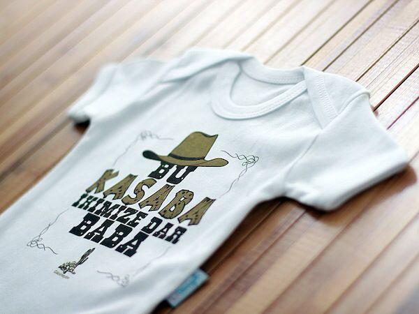 Gozunaydin esprili bebek elbiseleri