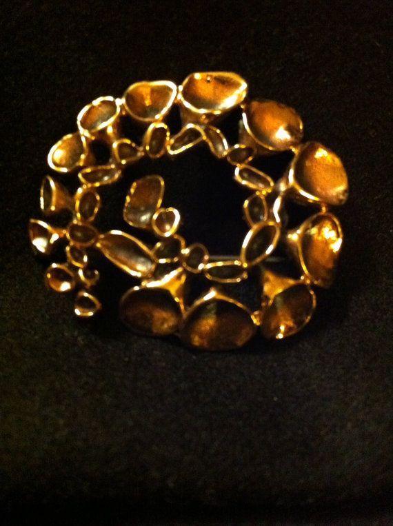 Hannu Ikonen Lava brooch.