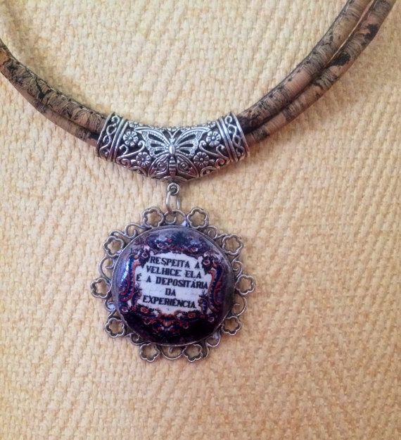 Bonito collar con frase en portugués. por LasJoyitasDeMarie en Etsy, $23.00