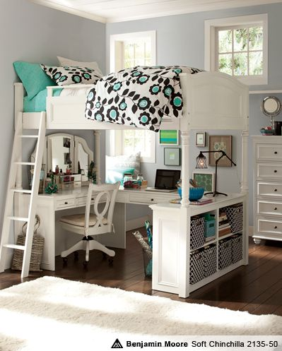 This bunkbed and desk would be so perfect for a room. It'd be good for a college apartment too... (cough cough Mom and Dad)