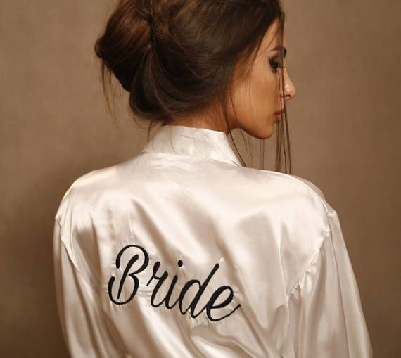 Custom satin bride robe Personalized Bridesmaid robe.