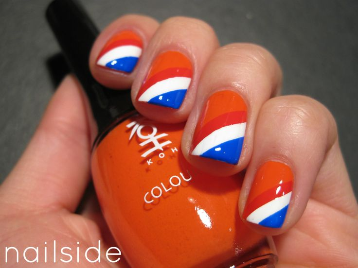 Nailside: Queen's Day 2012 Retroooo good