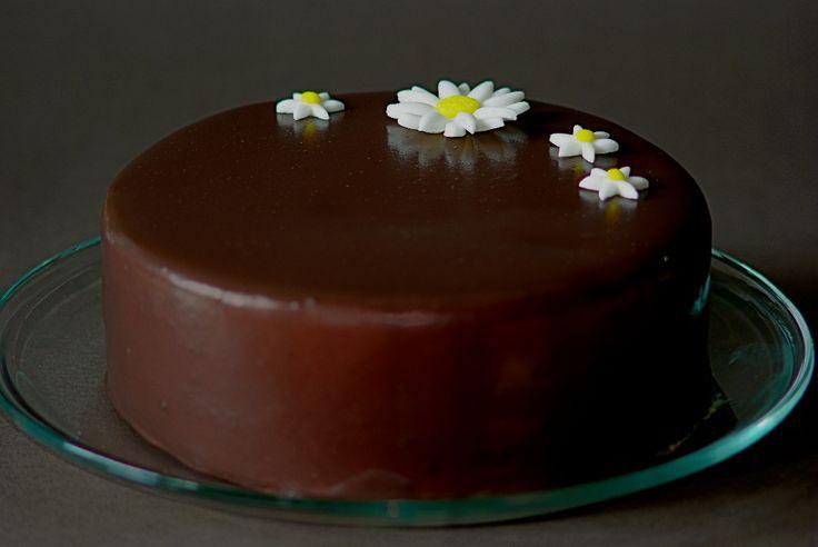 Čokoládový dort s marcipánem