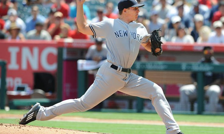 Yankees recall pitcher Chad Green and option Rob Refsnyder = The New York Yankees have recalled right-handed pitcher Chad Green from Triple-A Scranton/Wilkes-Barre while optioning infielder Rob Refsnyder. Green had gone 2-1 with a 4.72 ERA in five starts in Triple-A. Over 26.2 innings, he allowed 32 hits and struck…..