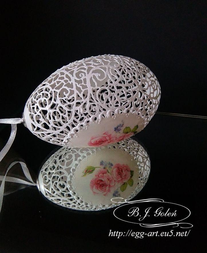 egg art - ażurowa pisanka różyczki
