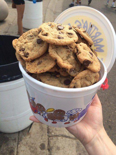 aesthetic, cookies, girl, grunge, hungry