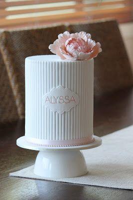 Couture Cupcakes & Cookies: Alyssas 1st Birthday