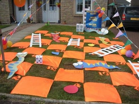 10 Fun Garden Toys - Home-made Snakes & Ladders