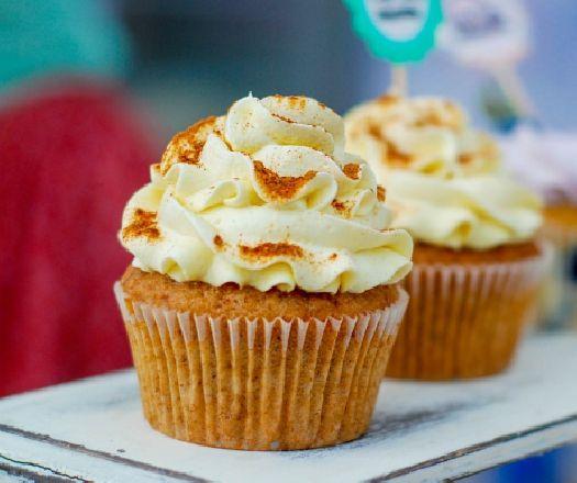 Egy finom Mogyorós muffin vajas krémmel ebédre vagy vacsorára? Mogyorós muffin…