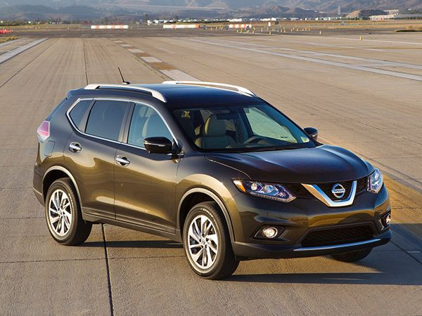 10 Best SUVs Under $25,000 - 2016 Nissan Rogue