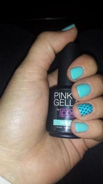 Pink Beauty Club shared Annelies Oosting's photo. Nagels gelakt !:) 145 gypsy blue en de ringvinger met 136 cobalt...