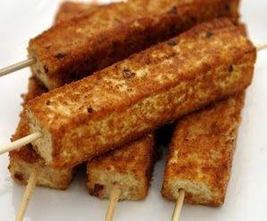 Ingredientes   1 bloco de tofu  firme  Farinha de trigo integral  Cereal integral em flocos  Azeite de oliva  Melaço