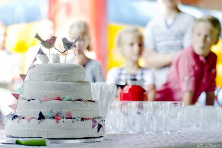 Weddingcake lovebirds1