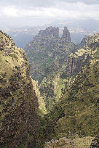 A Spectacular 1,000m Drop Off - Saha View - Ethiopia