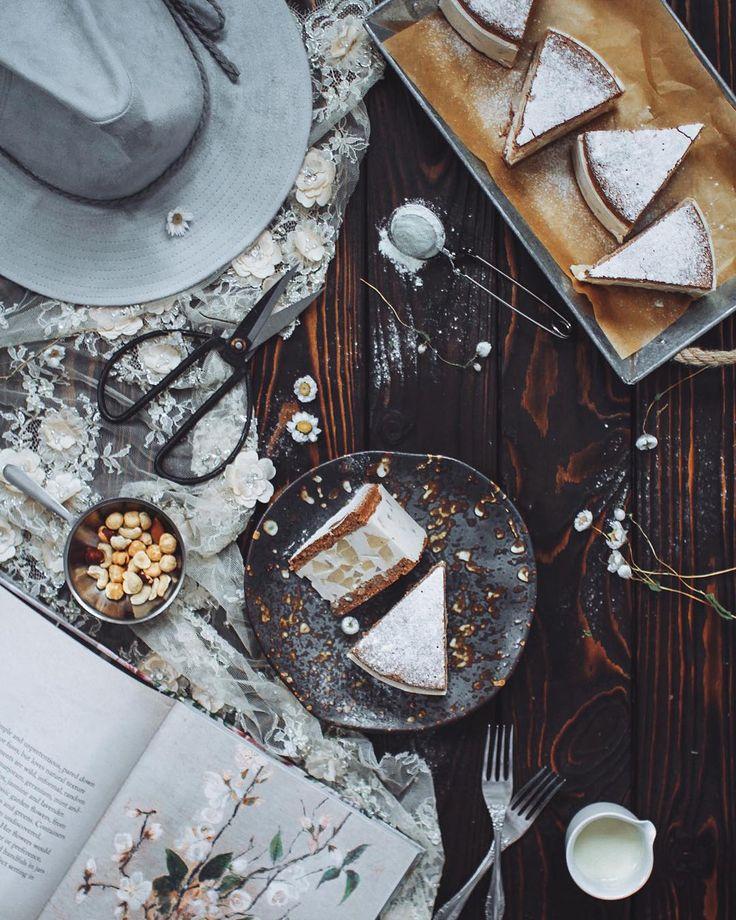 281 отметок «Нравится», 15 комментариев — Evgeniya Pontyakova (@pontyakova) в Instagram: «Любите итальянские десерты?  Я - очень! Нежный шоколадно-ореховый бисквит с хрустящей корочкой и…»