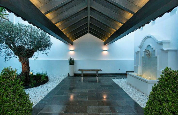 Entramce @casabond Reconstruction done by architecture Rodolfo Jacobson, Marbella, Spain
