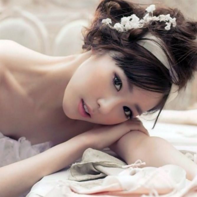 images of korean brides makeup | Korean Wedding. Korean Hair & Makeup. Korean Wedding Photo. Korean ...