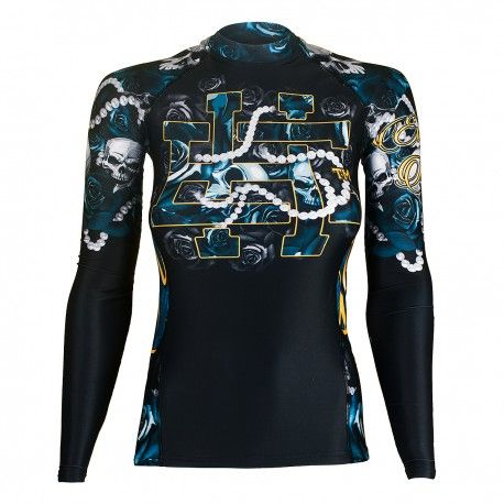 Longsleeve rashguard women SKULL ROSE. Color: black, blue and white. Excellent quality rashguard HOBBY EXTREME is ideal for hard training people who appreciate the highest class of products. Made of high quality material, which, thanks to its flexibility, clings to the body. Sophisticated thermoregulation system by which the body is dry and the muscles warmed up. Sublimated logos (will not scratch).