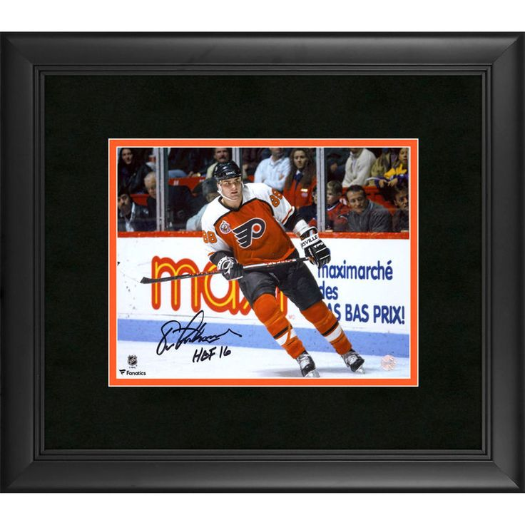"""Eric Lindros Philadelphia Flyers Fanatics Authentic Framed Autographed 8"""" x 10"""" Skating Photograph with HOF 2016 Inscription"""