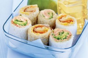 Sandwich Sushi?! I'm definitely going to try this sometime. Looks great for picnics!