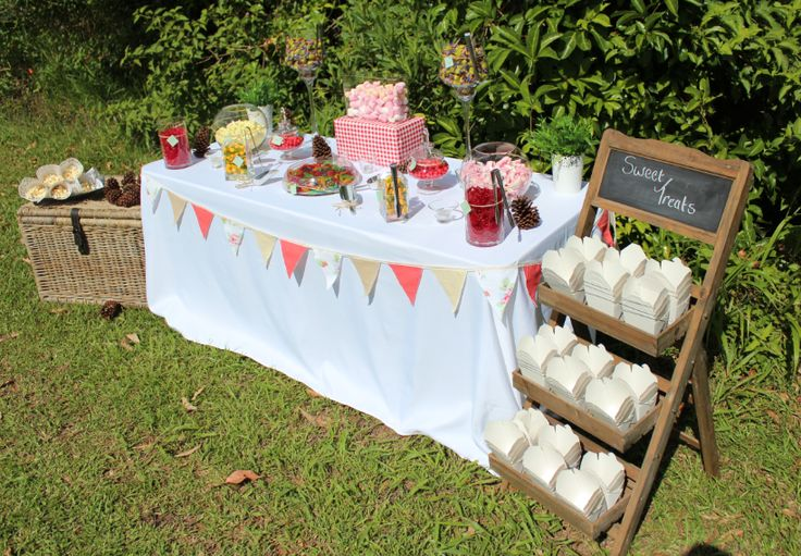 Country Style Outdoor Lolly Buffet www.coasttocountryweddingsandevents.com.au