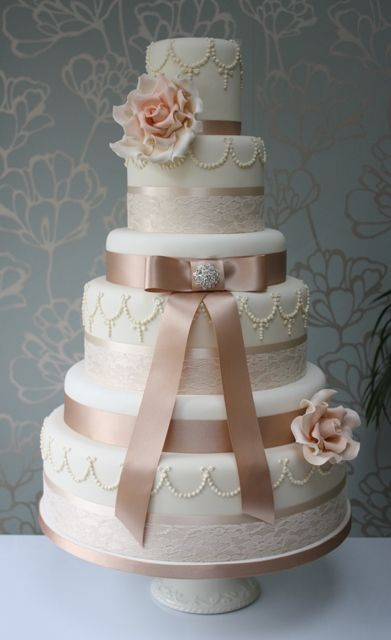 Vintage coffee and cream wedding cake with peach roses @ www.choosecake.co.uk