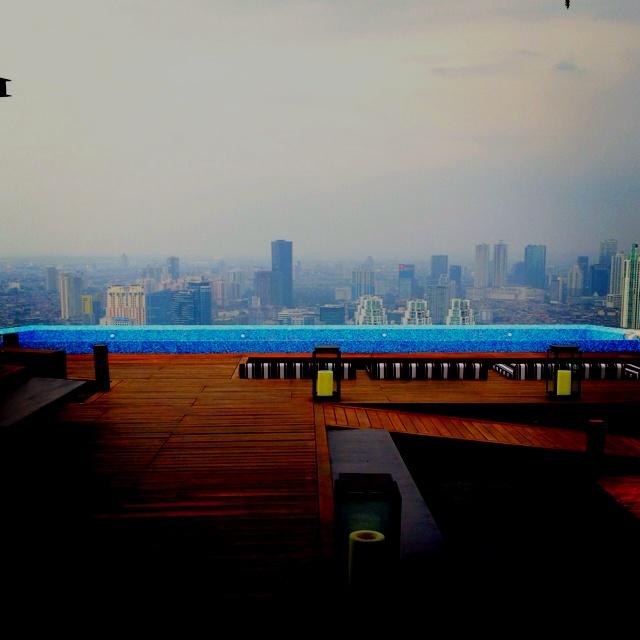 Skye Jakarta  http://www.eblo.co.id