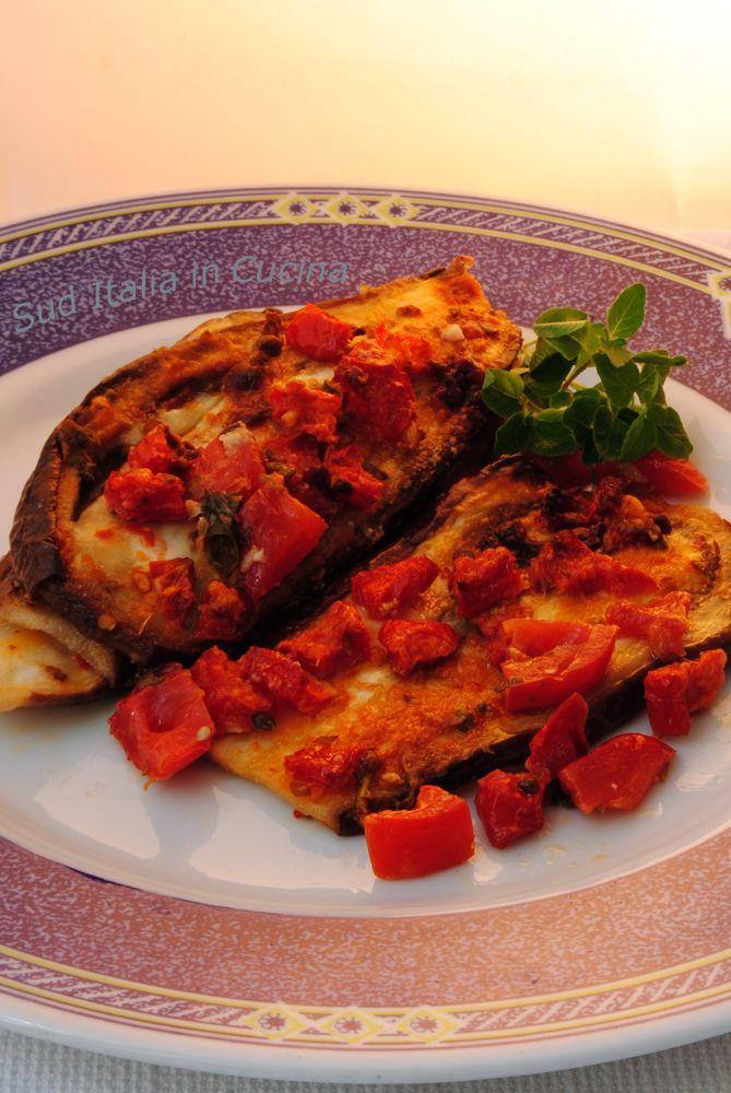 Tiella di Melanzane al Forno, un piatto molto semplice, richiede poco lavoro ed ingredienti, ottimo freddo per cui si può tranquillamente preparare prima http://blog.giallozafferano.it/suditaliaincucina/?p=3174