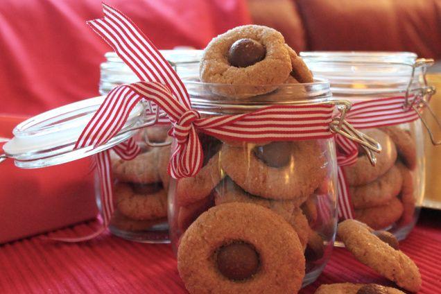 Peanut butter blossoms/ Peanøttsmørblomar (julekaker)